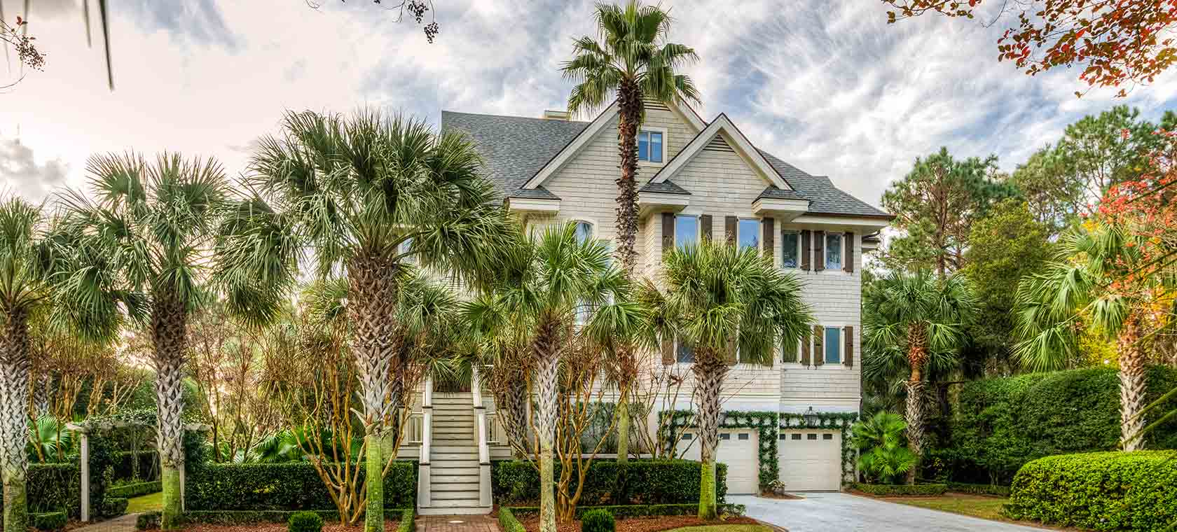 Mansion Global Features 100 Flyway Drive in Luxury Lowcountry Living