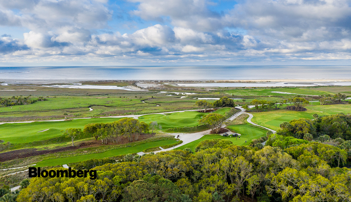 PRESS: Kiawah, Master Developer Featured in Bloomberg For Soaring Sales and Impressive Golf Community