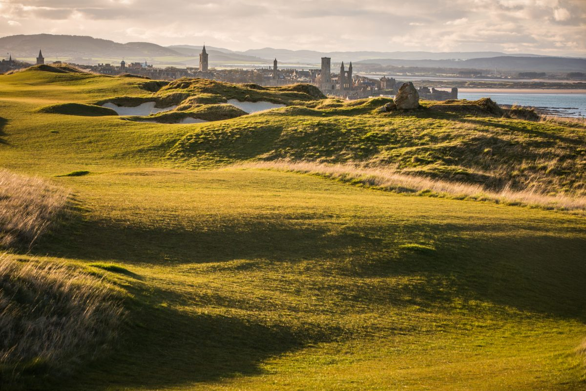 A Look at the World's Top Links-Style Golf Courses